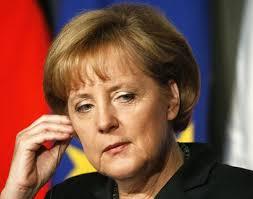 Меркель требует срочных санкций для России