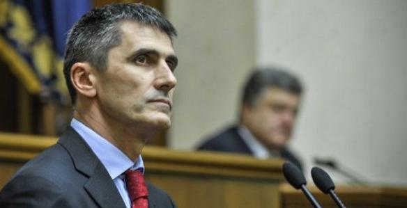 Генпрокурор поручил освободить центр Киева от «майдановцев»