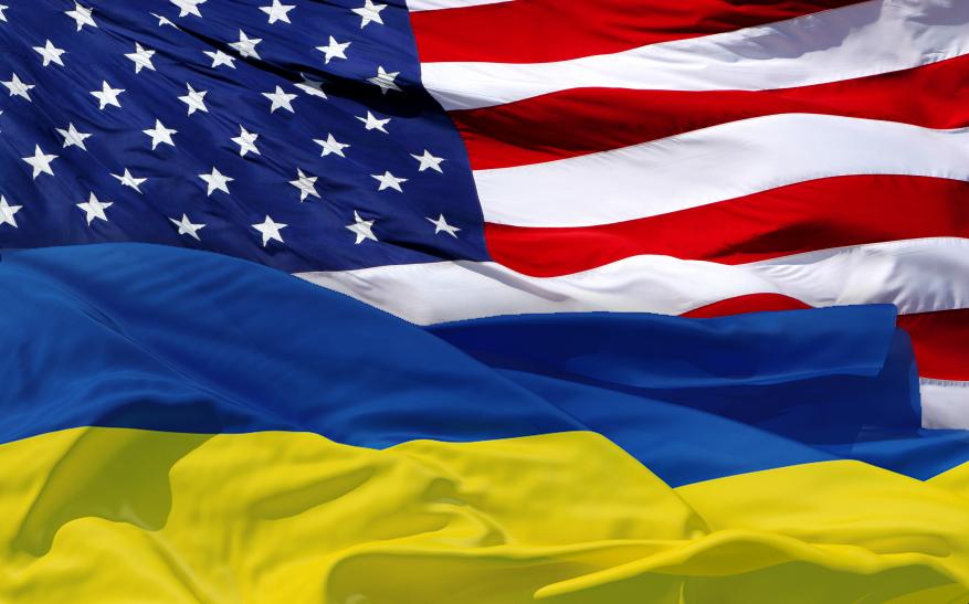 Посольство США приостановило выдачу виз в Крыму