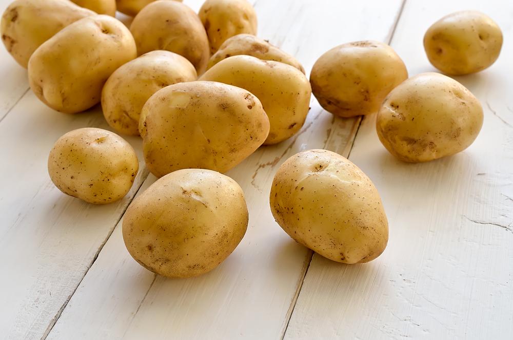 Из-за спада продаж, подешевел картофель