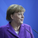 Меркель поддержала сохранение антироссийских санкций