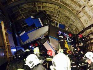 СМИ: В аварии в московском метро пострадала украинка