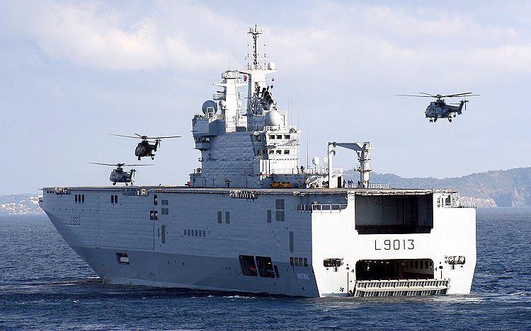 Россия готовится вывести в море первый «Мистраль»