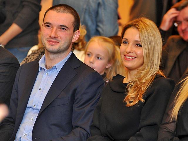 Бойфренд Жени Тимошенко развивает бизнес в Крыму