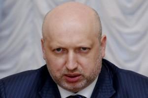 Турчинов предупредил о возможной эвакуации людей из Авдеевки