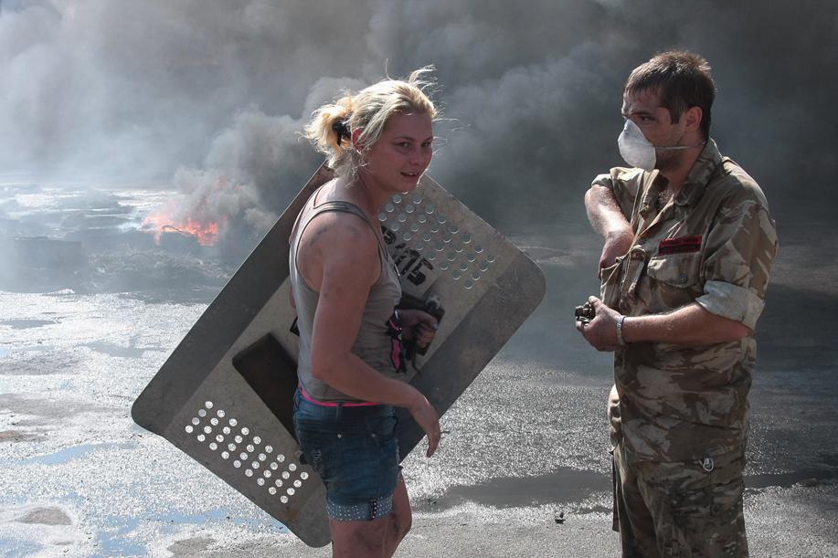 Майдан: Шины подготовлены, готовы «коктейли Молотова»