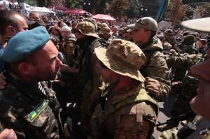 На Майдане пострадали четыре бойца батальона «Киев-1»