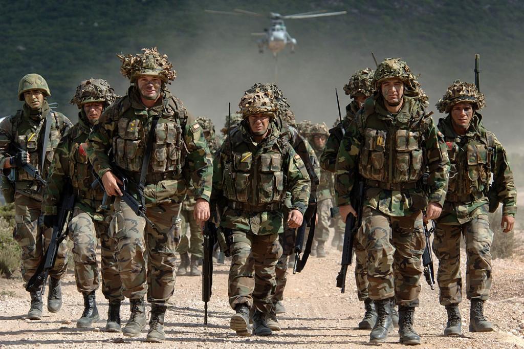 Украине нужна военная помощь НАТО