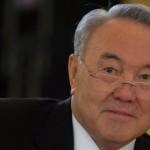 Назарбаев предлагает встретиться Путину и Зеленскому