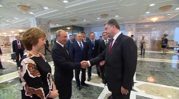 Путина на встречу с Порошенко уговорили семь лидеров ЕС