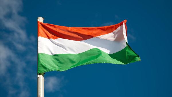 Венгрия не против двойного гражданства украинцев