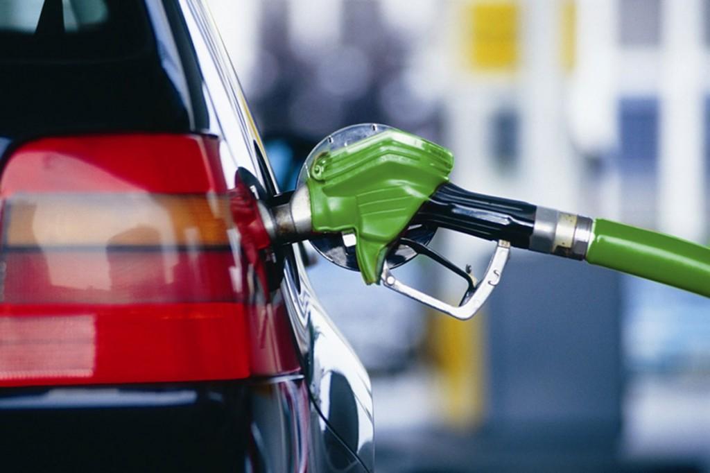 Цены на бензин на АЗС Украины выросли на 23 копейки