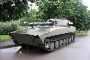 Харьковскому заводу Дерипаски запретили производить спецтехнику