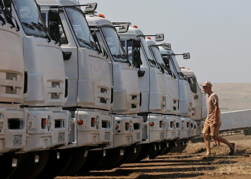 170 российских грузовиков с гуманитарным грузом пересекли границу Украины