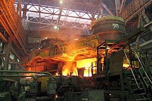 Спад промпроизводства в Украине ускорился до 12,1%