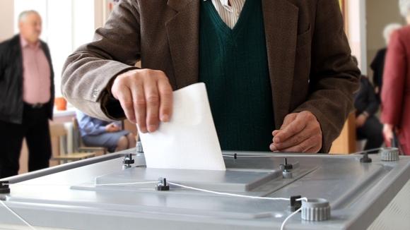 Крым: На выборах в госсовет прошли партии Путина и Жириновского