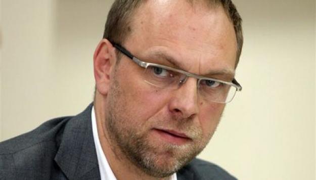 Власенко предложил ликвидировать Печерский суд