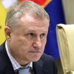 Суд отложил рассмотрение дела о возврате ПриватБанку уплаченных семье Суркисов 540 млн грн