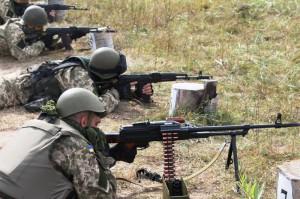 СМИ: Идет обстрел блокпоста под Мариуполем
