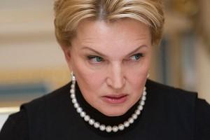 Суд отменил решение об аресте Богатыревой