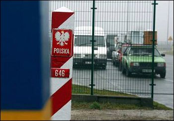Польша приостановила малое приграничное движение
