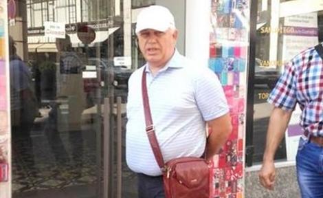 Лидера Компартии Петра Симоненко заметили на отдыхе в Австрии - фотографии политика активно распространялись в соцсетях спустя неделю после того, как в Верховной Раде объявили о роспуске фракции Компартии.