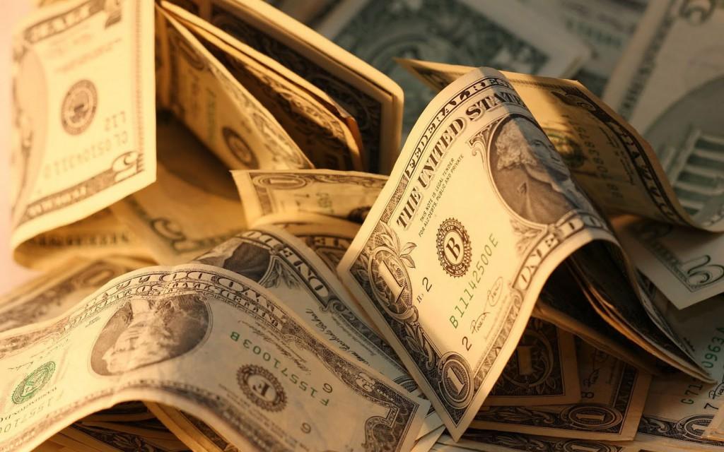 Какие банки потеряли больше всего вкладов