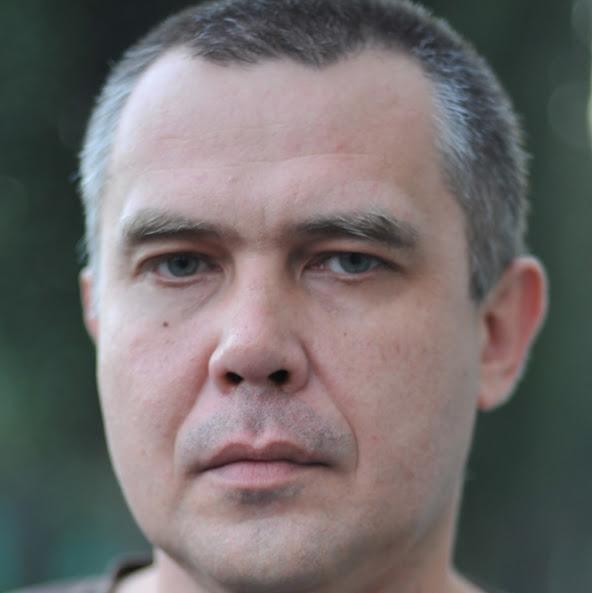 Юрий Аксенов