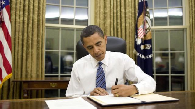 Президент США Барак Обама подписал «Акт поддержки свободы в Украине»