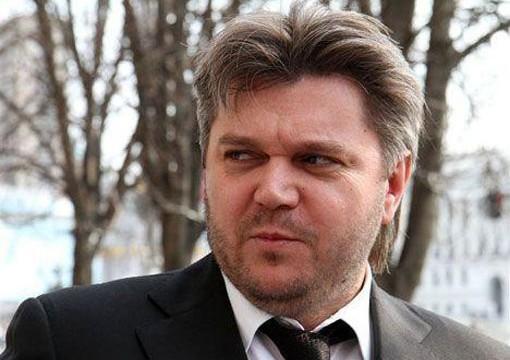 Экс-министр энергетики Ставицкий просит допросить его в суде