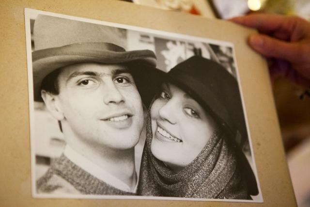 На этой фото Валерии и Олегу Гонтаревым по 21 году. Второй день свадьбы
