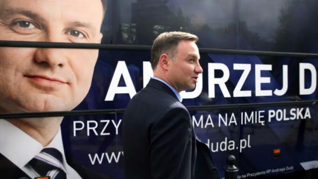Президентом Польши становится Анджей Дуда, - экзит-пол
