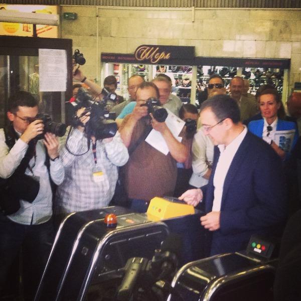 Игорь Никонов в метро попал со второй попытки