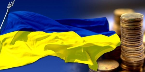 Из-за блокады Донбасса ВВП упадет с 2,8% до 1,9%