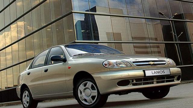За август зарегистрировали 5,6 тыс. сделок по продаже легковых авто