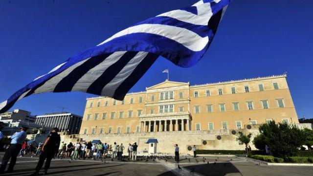 Партия Ципраса лидирует на выборах в Греции