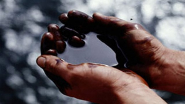 Нефть Urals с начала года упала на 37%