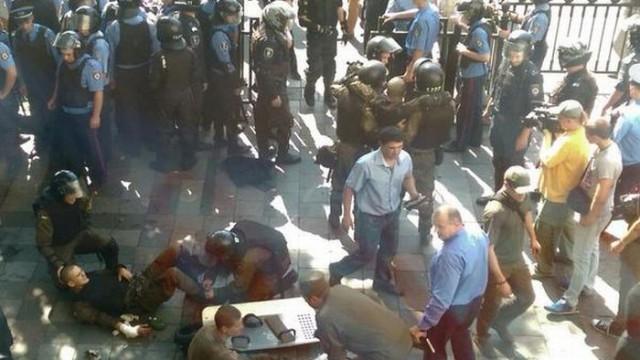 Политики – о трагедии под стенами парламента