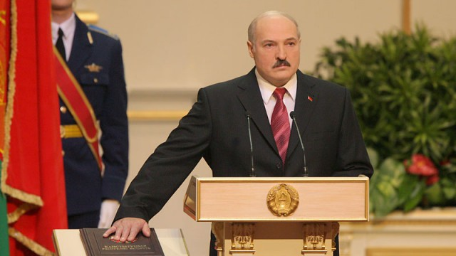 Лукашенко пожаловался на беспринципность российских чиновников
