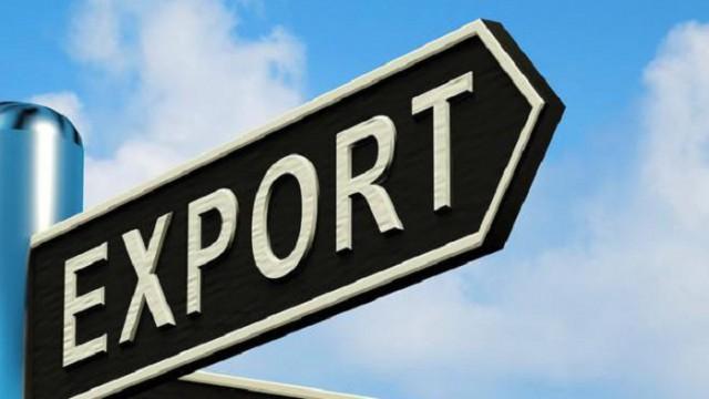 Объем экспорта рухнул на треть