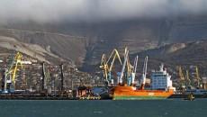 Россия будет танкерами поставлять в Крым топливо