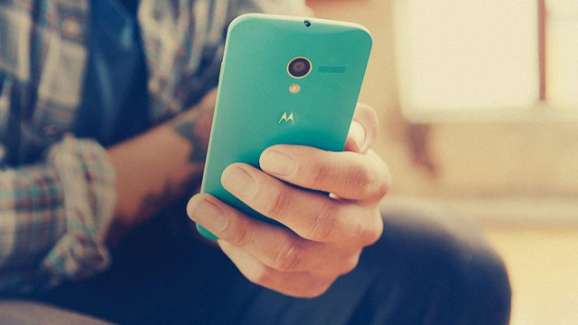 Смартфоны Motorola от Lenovo появятся не раньше лета