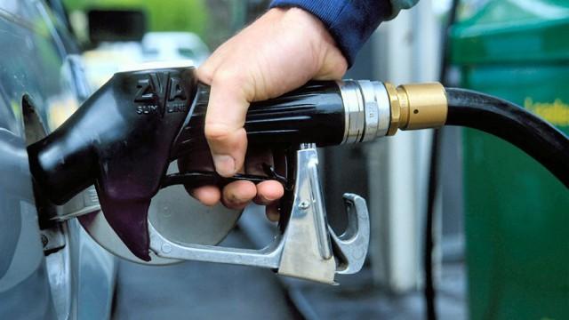 Минэнерго считает бензин в Украине относительно качественным