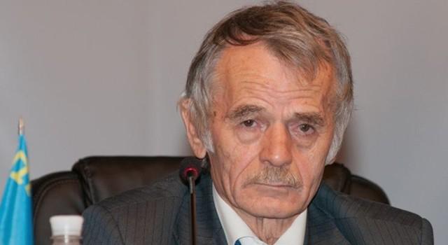 Джемилев призвал прекратить энергоснабжение Крыма