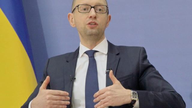 Яценюк соглашается идти на компромиссы с Порошенко