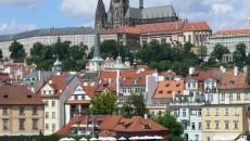 Премьер Чехии допускает перевыборы парламента
