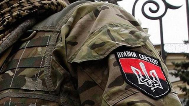 «Правый сектор» прекращает участие в блокаде Крыма
