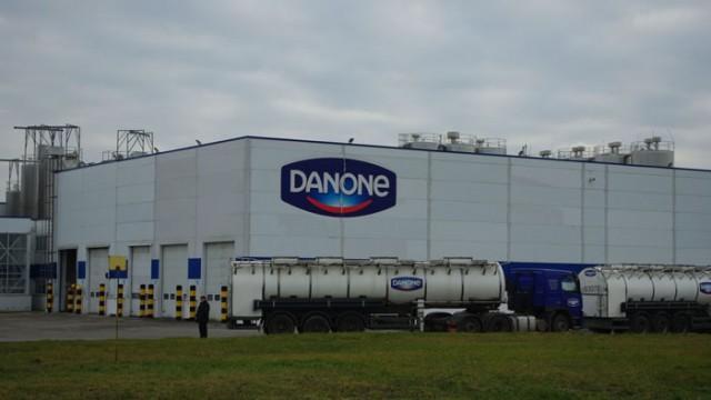 Danone закрывает в России еще два завода