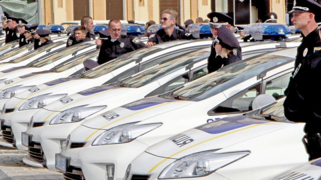 Полиции повысят зарплату