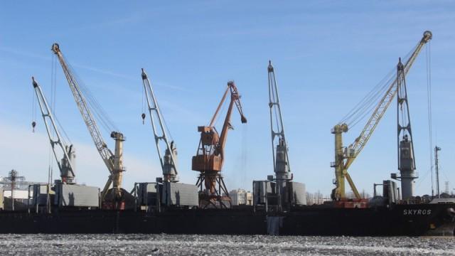 Одесский морской порт уменьшил грузоперевалку